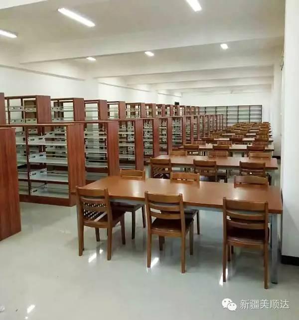 图书馆家具.jpg